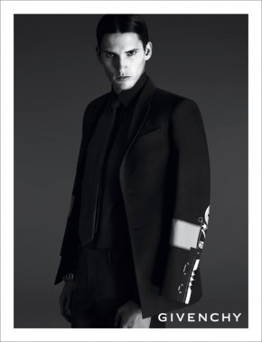 givenchy-spring-summer-2014-campaign-001