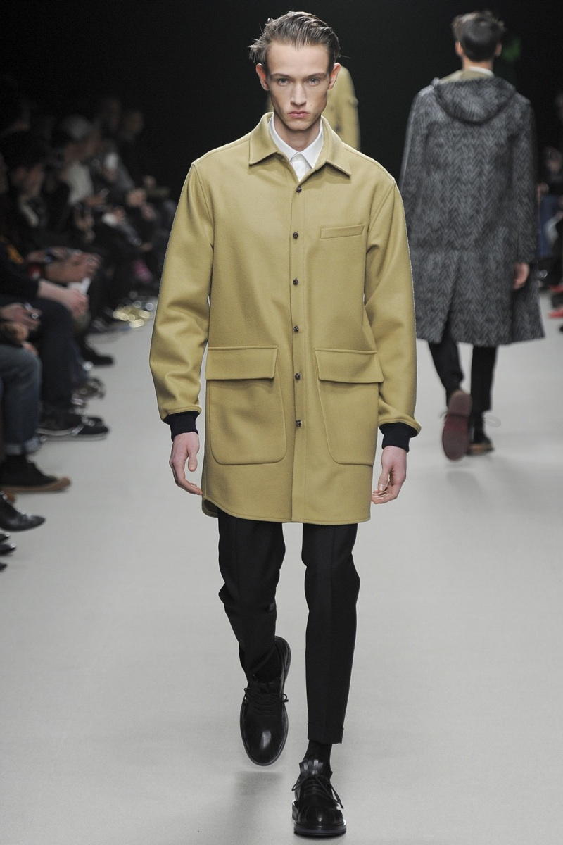 KRISVANASSCHE Fall/Winter 2014 | Paris Fashion Week