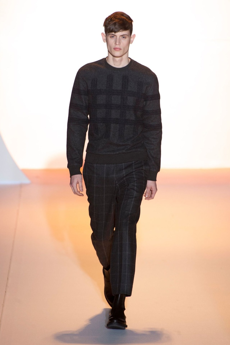 Wooyoungmi Fall/Winter 2014 | Paris Fashion Week image