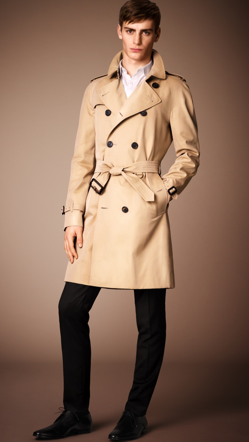 how to wear trench coats for men. Black Bedroom Furniture Sets. Home Design Ideas