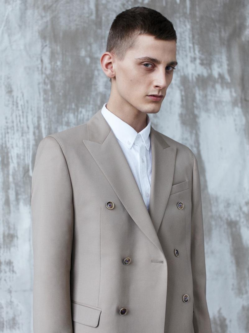 Fashionisto Exclusive | Martin Lekic in 'Pale Spring' by Hörður Ingason