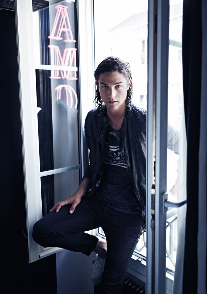 scotch-and-soda-spring-summer-2014-campaign-miles-mcmillan-photos-006