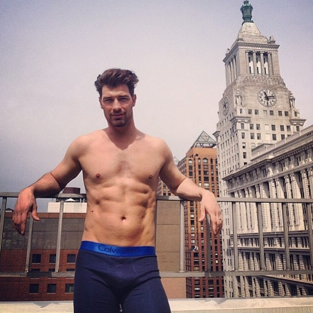 Model Cory Bond