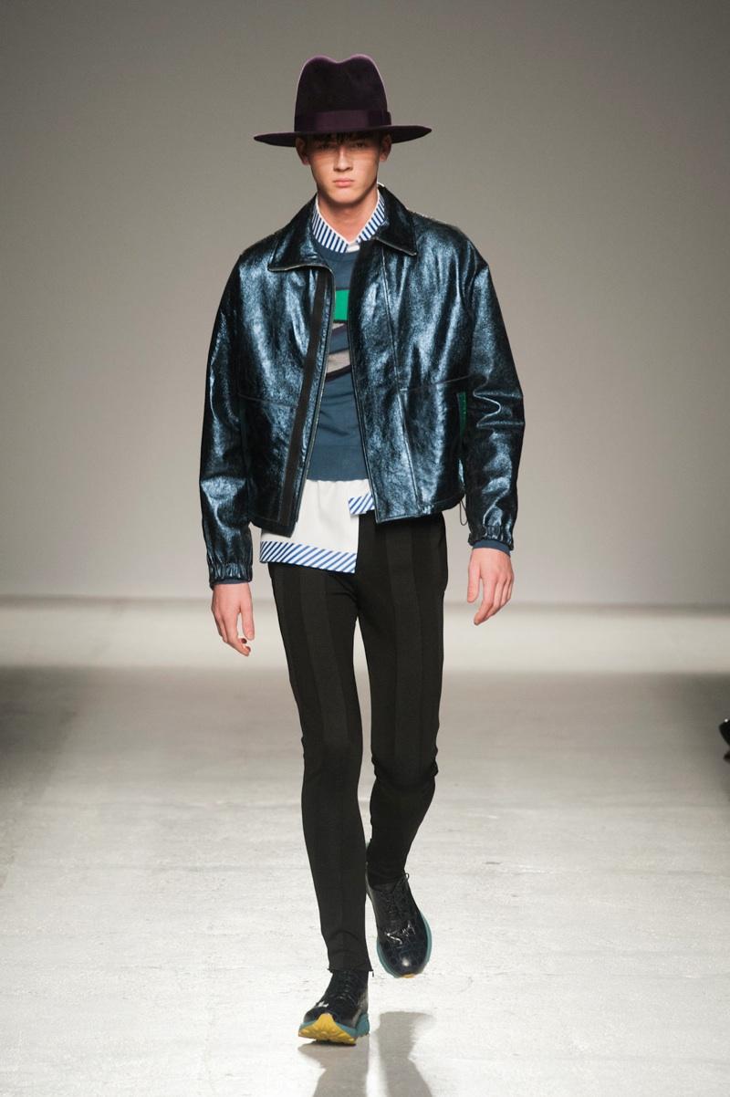 John Galliano to Skip Paris Fashion Week