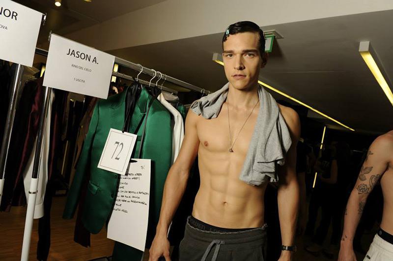 Dolce-Gabbana-Spring-Summer-2015-Behind-the-Scenes-Models-001