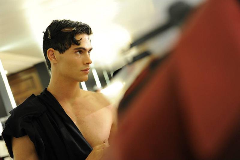 Dolce-Gabbana-Spring-Summer-2015-Behind-the-Scenes-Models-007