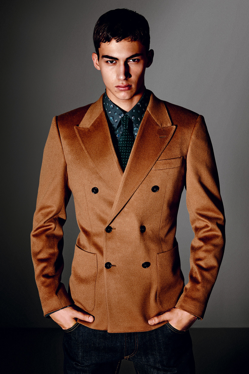 Dolce-and-Gabbana-Fall-Winter-2014-Men-Look-Book-Model-Images-032