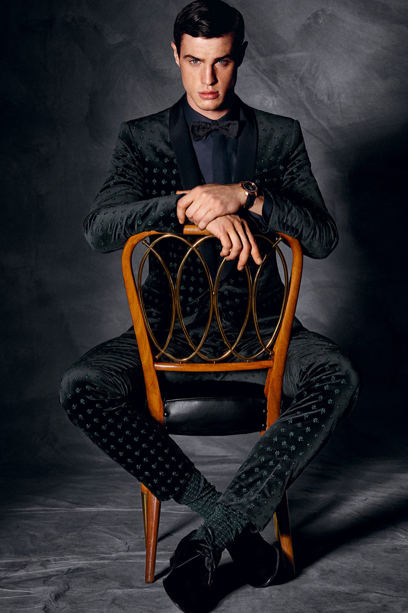 Dolce-and-Gabbana-Fall-Winter-2014-Men-Look-Book-Model-Images-035