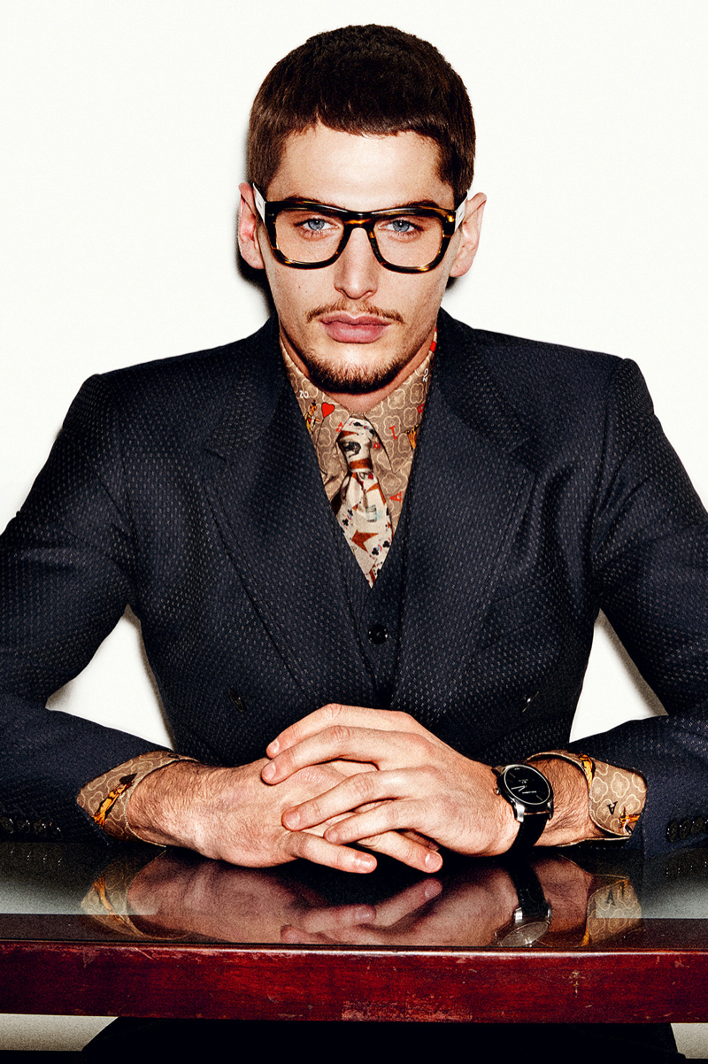 Dolce-and-Gabbana-Fall-Winter-2014-Men-Look-Book-Model-Images-039