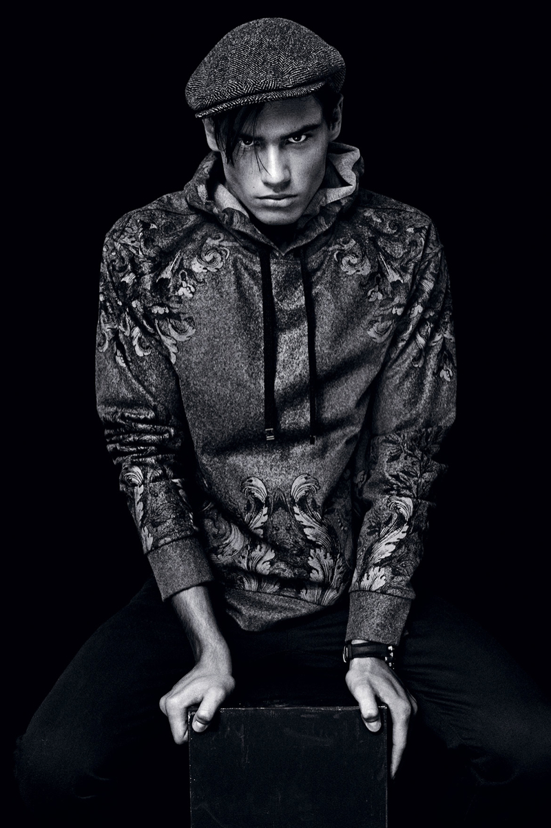 Dolce-and-Gabbana-Fall-Winter-2014-Men-Look-Book-Model-Images-043