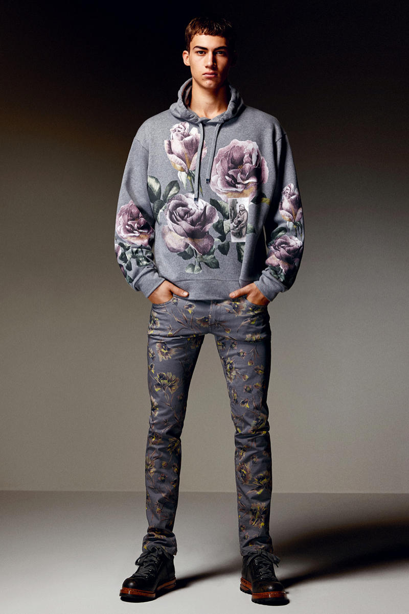Dolce-and-Gabbana-Fall-Winter-2014-Men-Look-Book-Model-Images-056