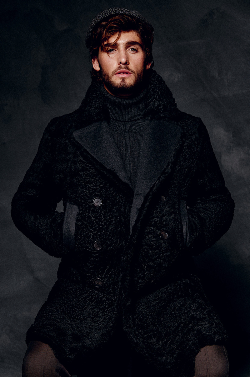 Dolce-and-Gabbana-Fall-Winter-2014-Men-Look-Book-Model-Images-064