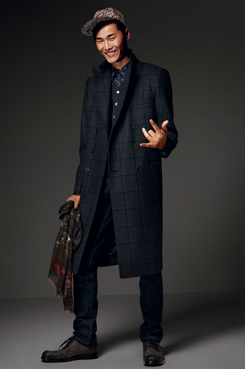 Dolce-and-Gabbana-Fall-Winter-2014-Men-Look-Book-Model-Images-066