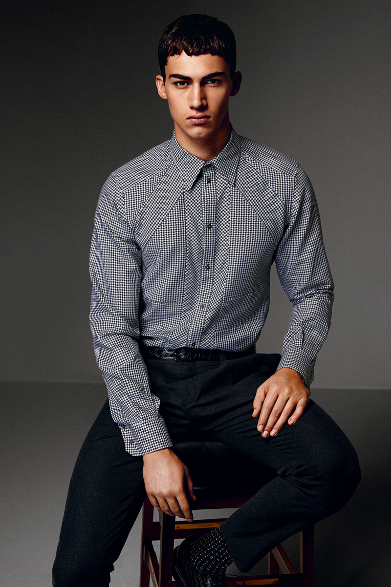 Dolce-and-Gabbana-Fall-Winter-2014-Men-Look-Book-Model-Images-090