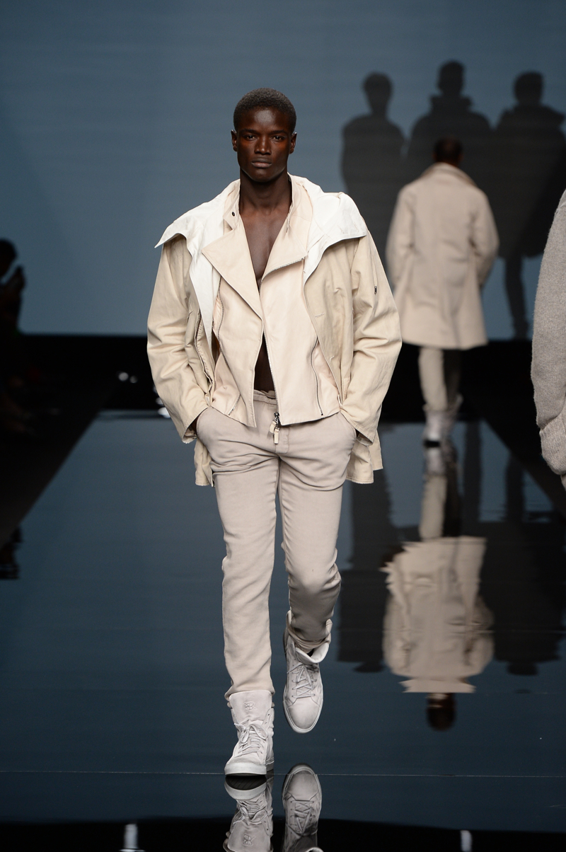 Ermanno Scervino Spring/Summer 2015 | Milan Fashion Week image