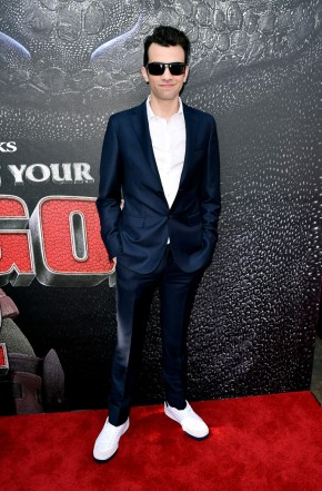Actor Jay Baruchel wear blue two-button suit with a crisp white shirt from Z Zegna.