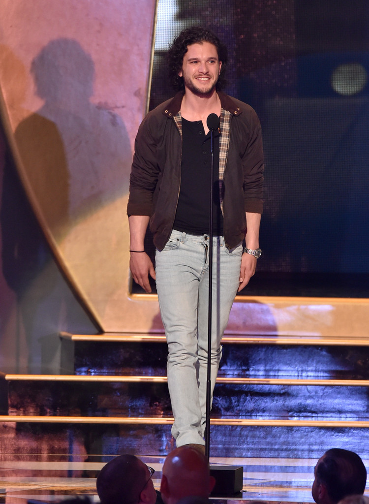 'Game of Thrones' actor Kit Harington kept things low-key in a pair of light wash denim jeans.