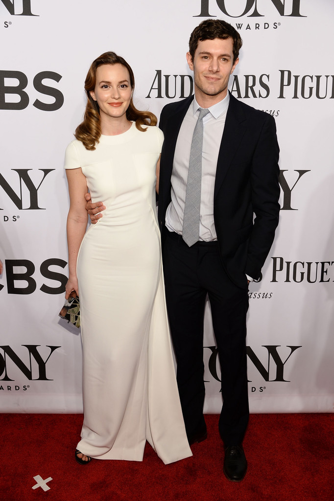 Newlyweds Leighton Meister and Adam Brody are picture perfect.