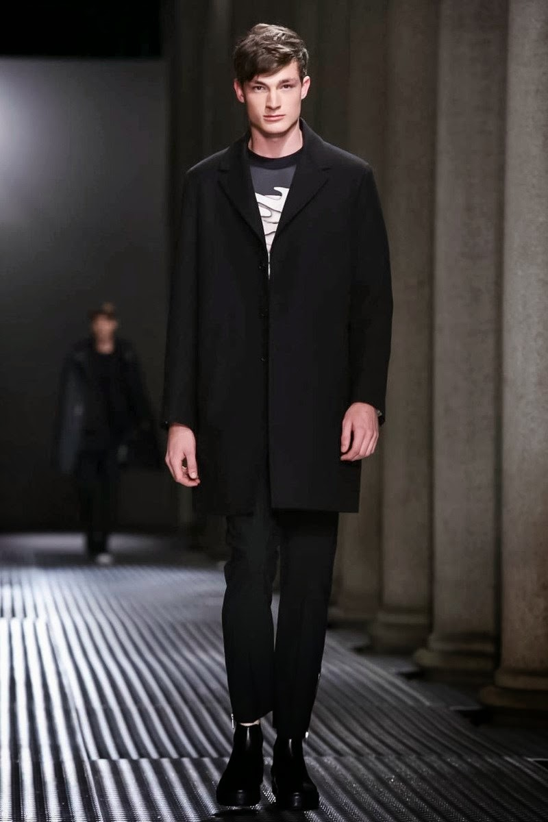 Neil Barrett Spring/Summer 2015 | Milan Fashion Week image