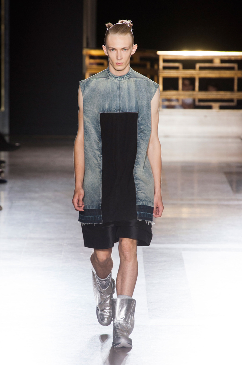 huge selection of fc5db 0aa14 Rick Owens Spring Summer 2015   Paris Fashion Week