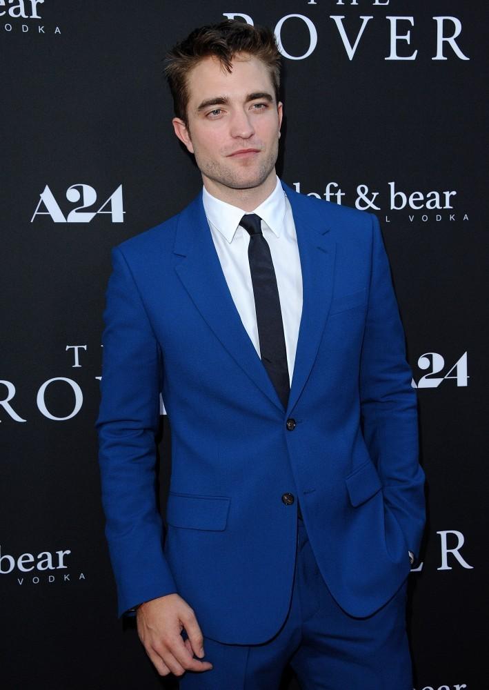 Robert-Pattinson-001