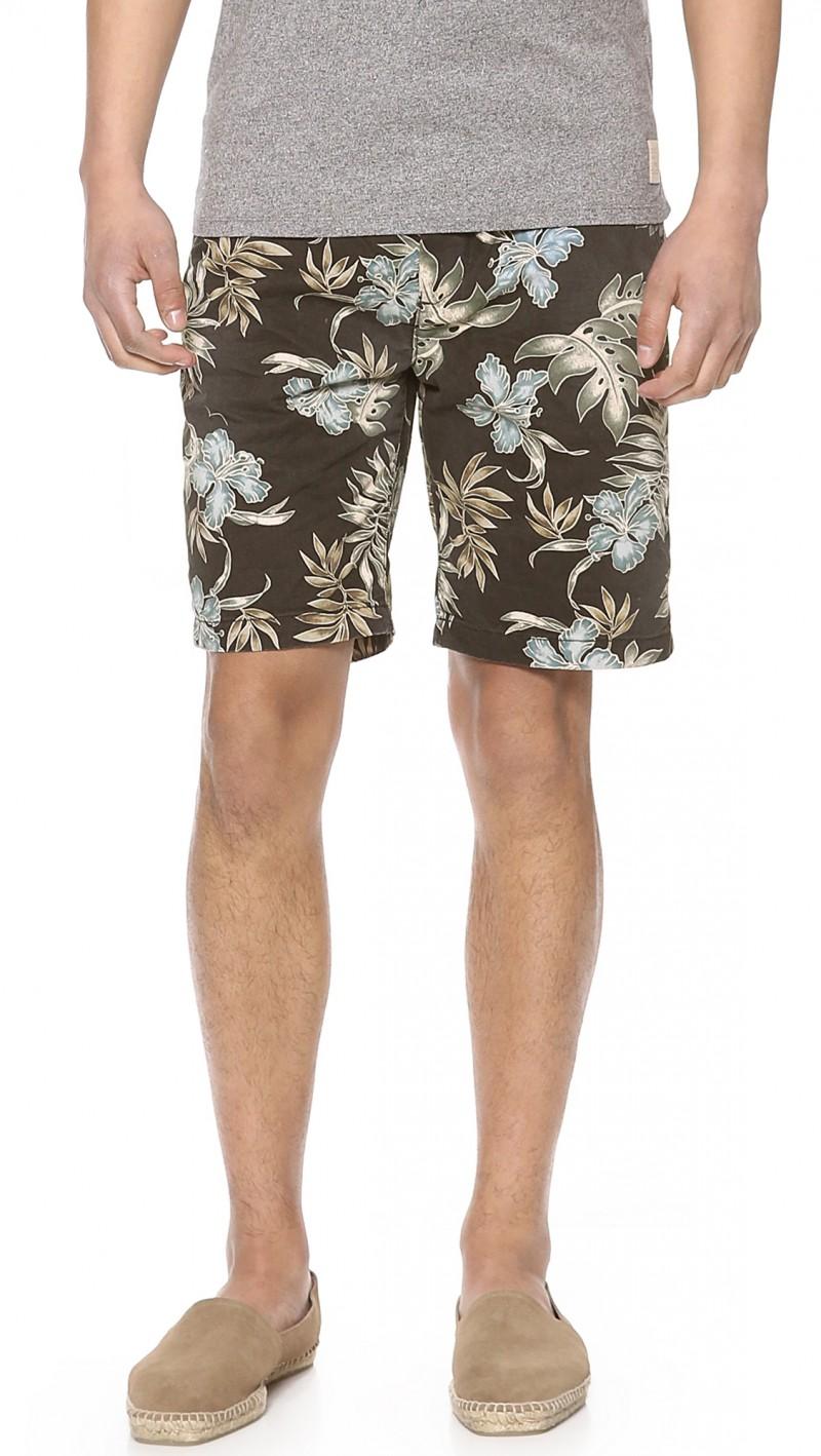Hawaiian print Scotch & Soda shorts $59.40 from East Dane