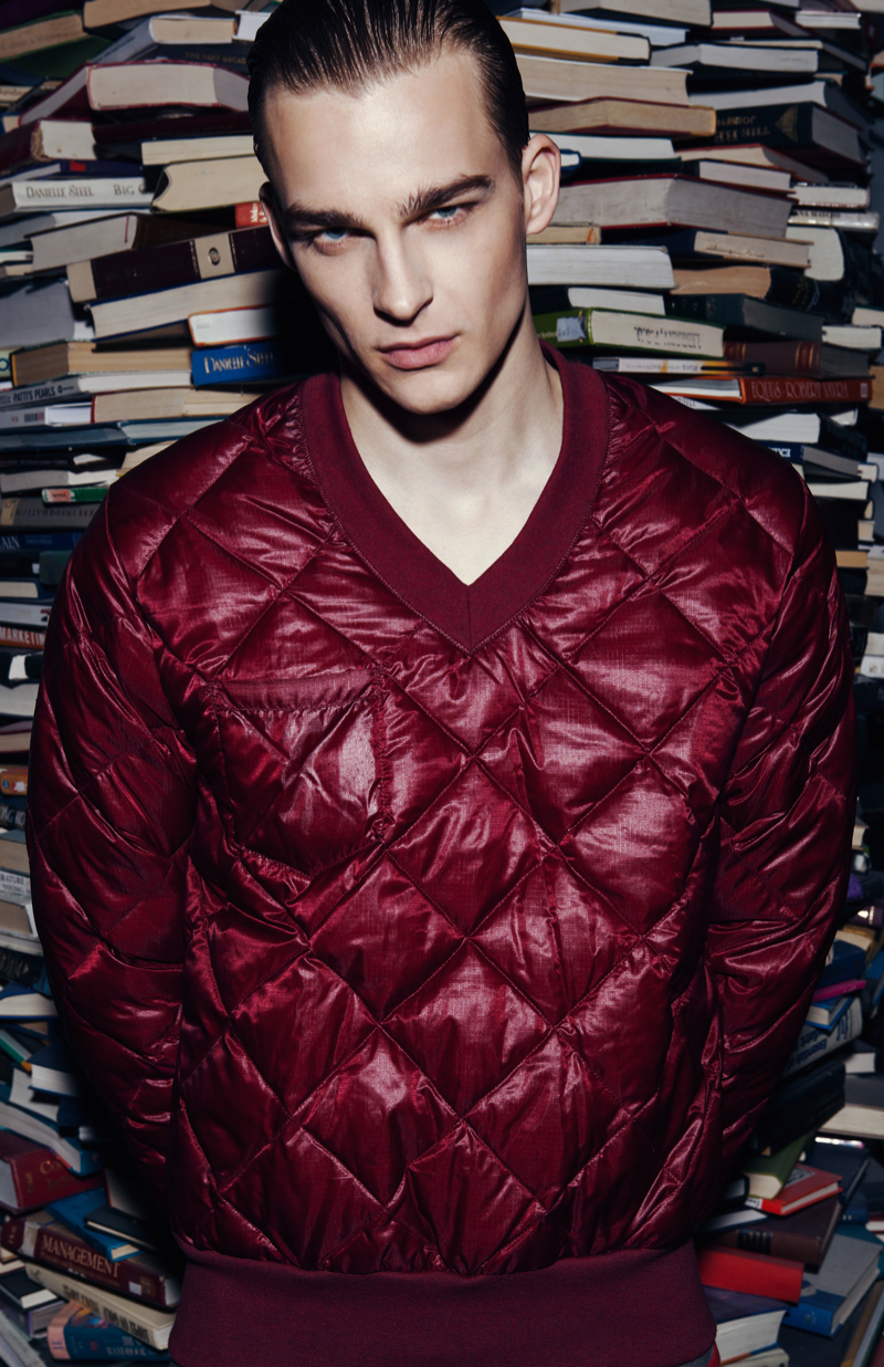 Thorben wears quilted pullover Martin Keehn.