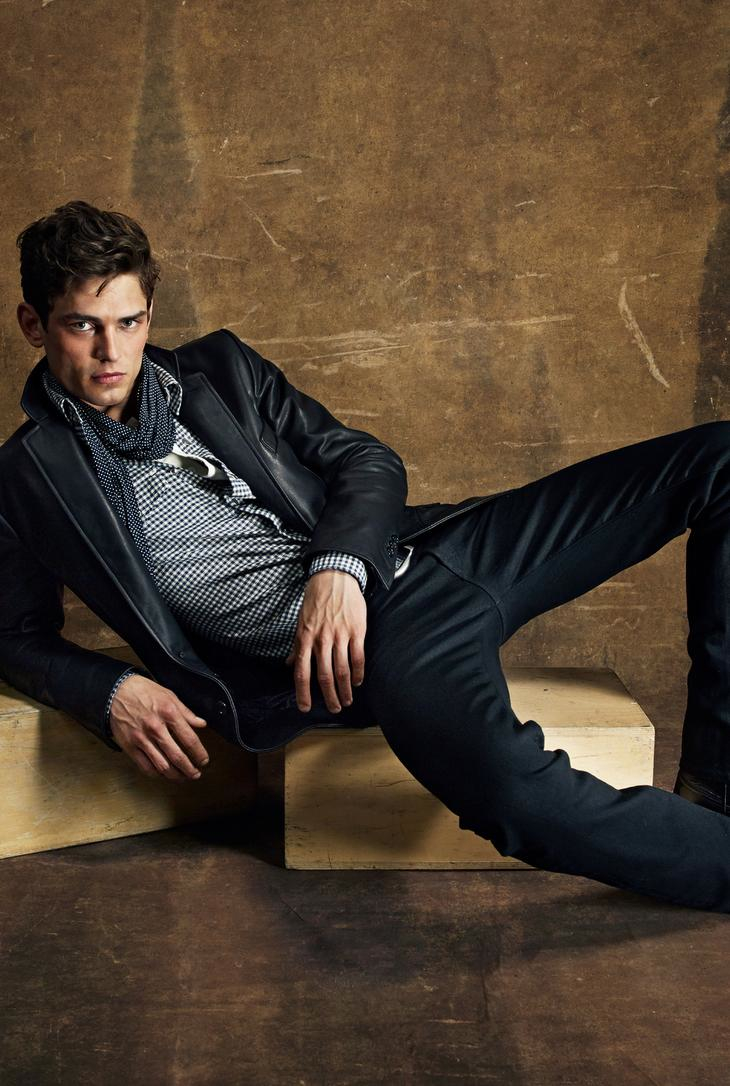 Tom-Ford-Menswear-Spring-Summer-2015-Collection-015