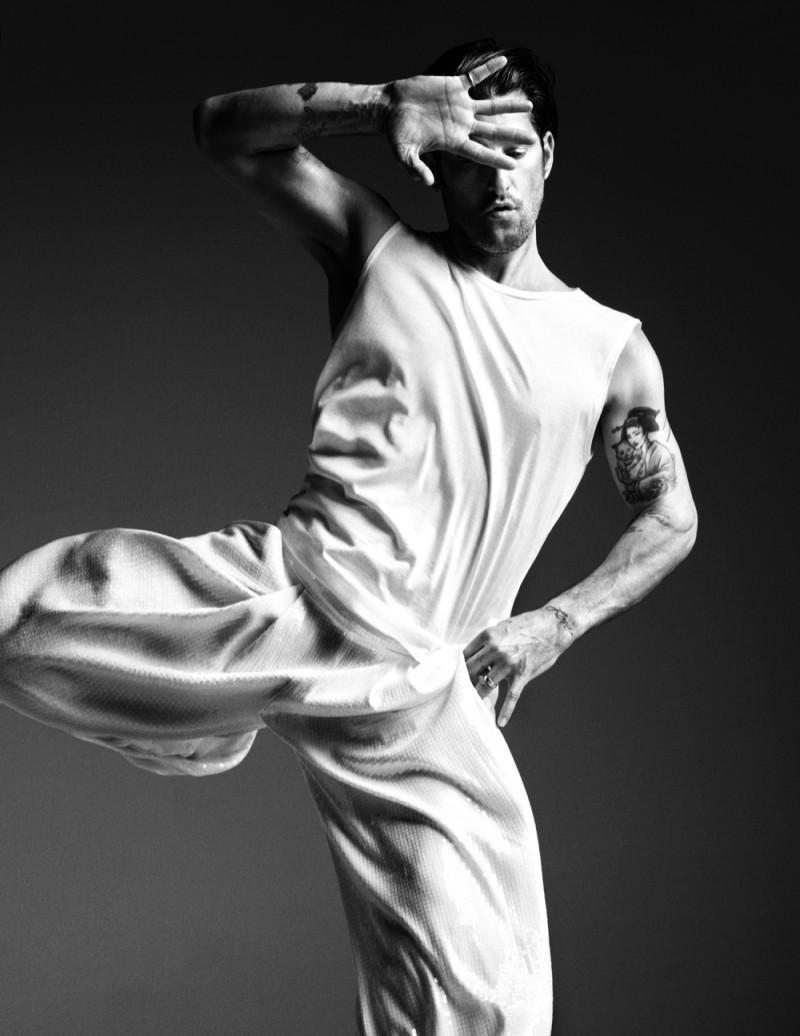 Tony-Ward-Model-Fashionisto-009