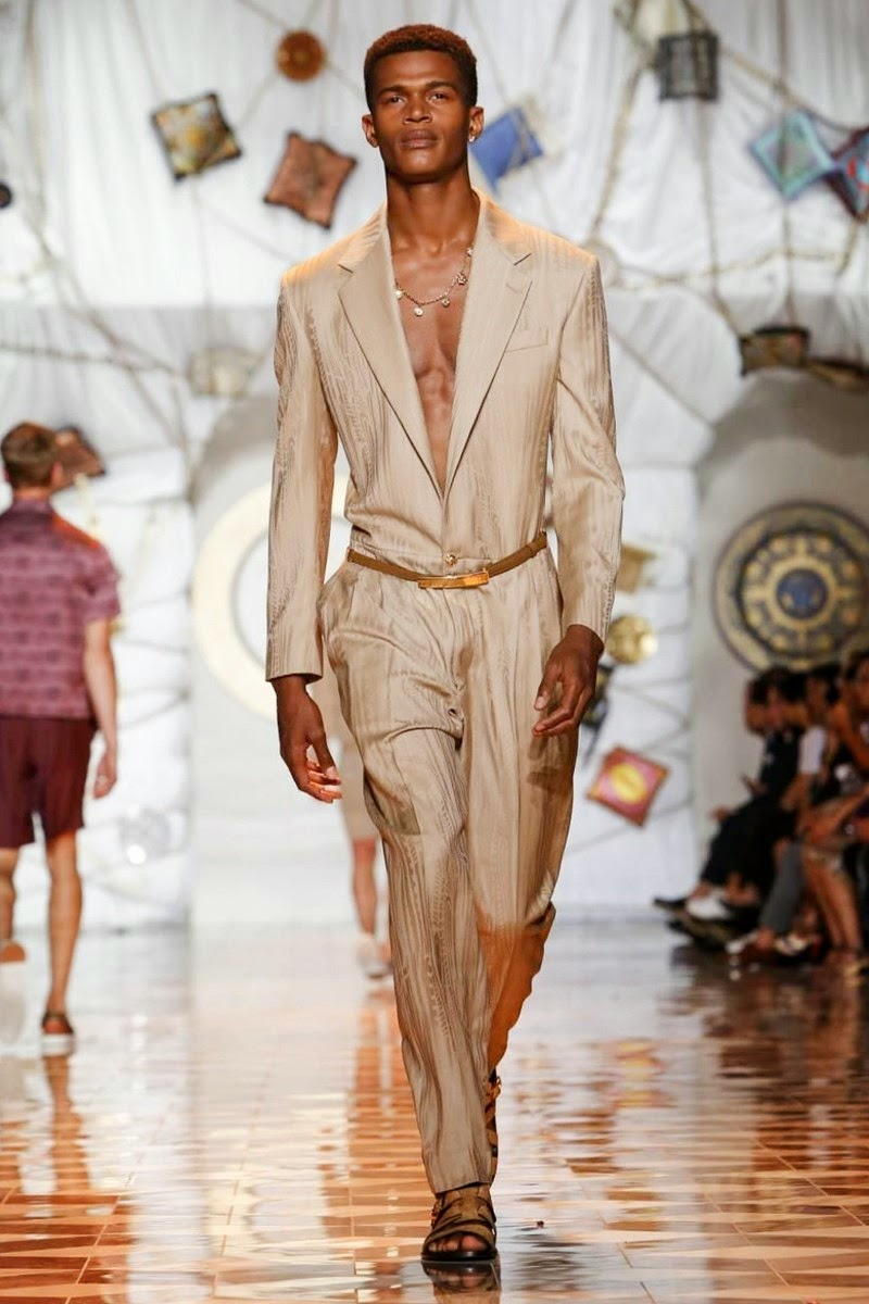 Versace-Men-Spring-Summer-2015-Milan-Fashion-Week-007