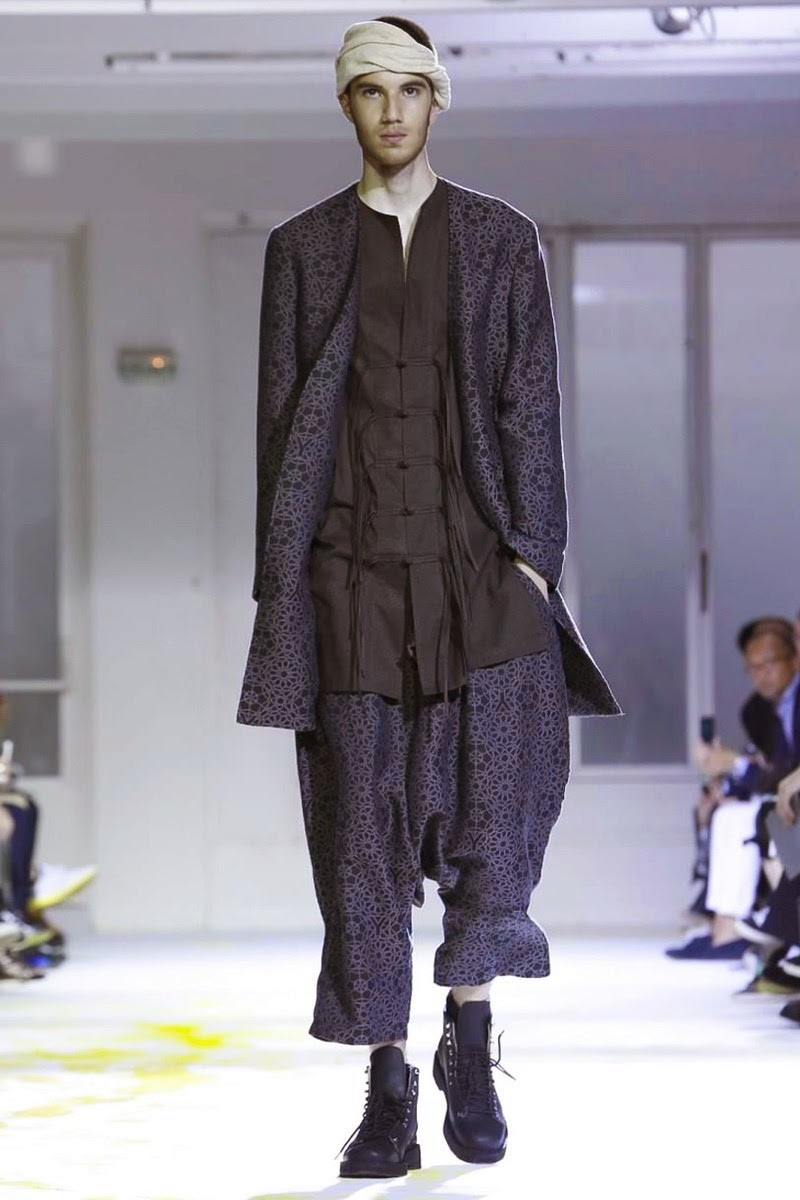 Yohji-Yamamoto-Men-Spring-Summer-2015-Paris-Fashion-Week-Collection-001