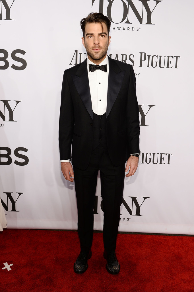 'Star Trek' actor Zachary Quinto goes solo, wearing a well-fit tuxedo with bow-tie.