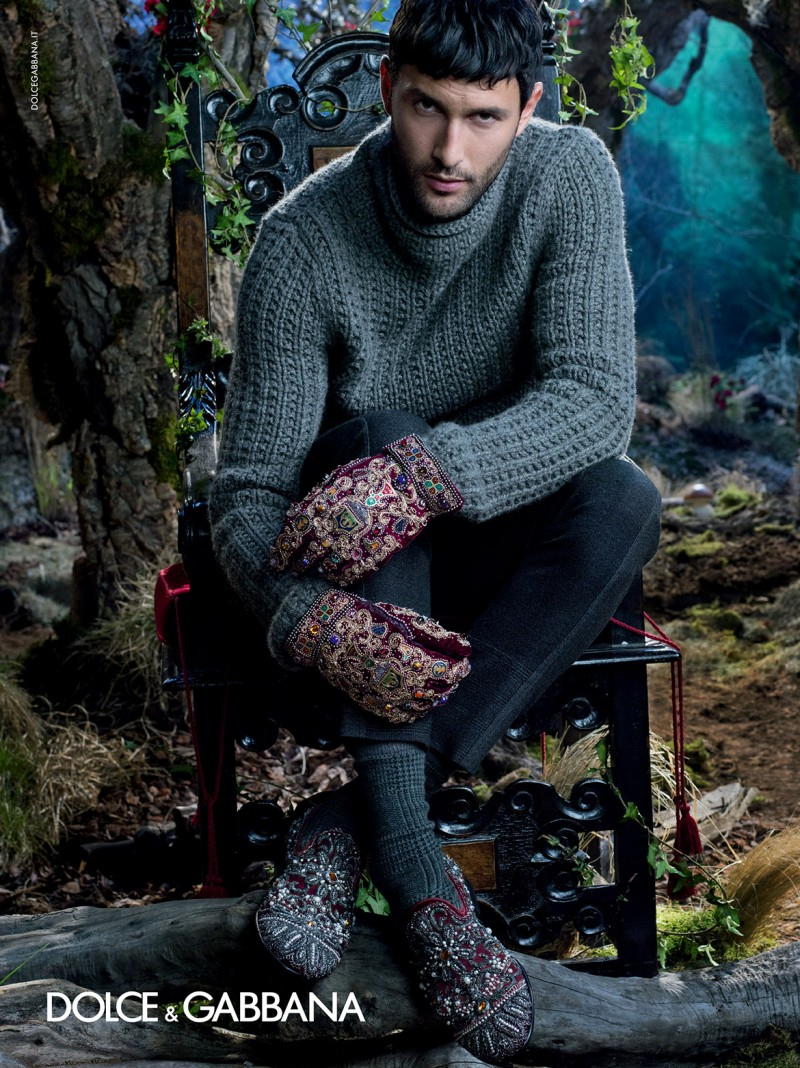 dolce-and-gabbana-winter-2015-men-advertising-campaign-071