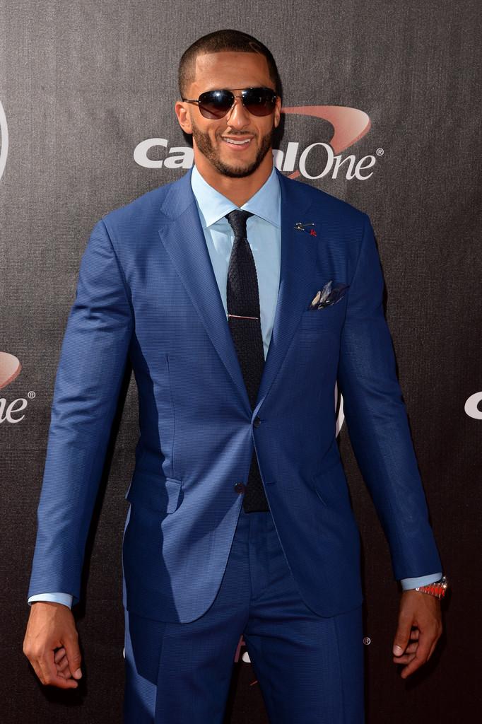 Colin Kaepernick Wears Sharp Isaia Suit to 2014 ESPYS