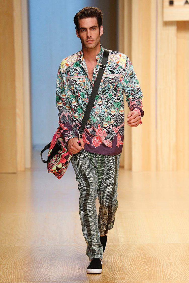 Bright Colors + Wild Prints Dominate for Custo Barcelona Spring/Summer 2015 image