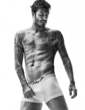 David-Beckham-HM-Underwear-Bodywear-001