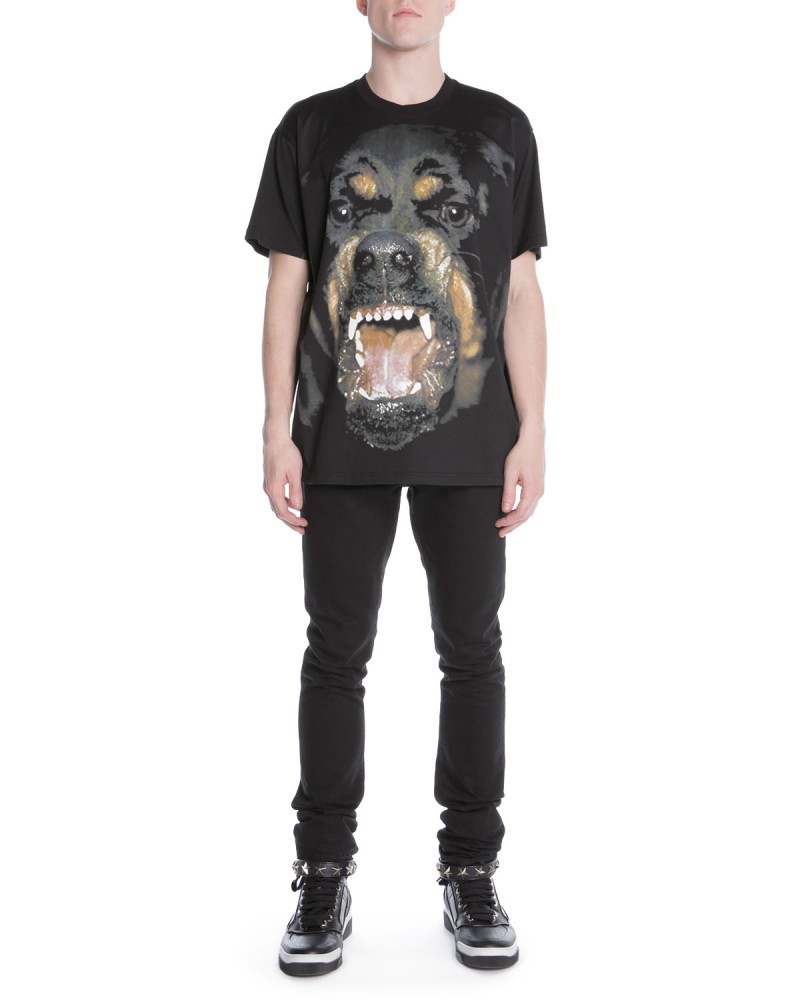 Givenchy Rottweiler is Back for Fall  New T-Shirt 5ddb8047f6704