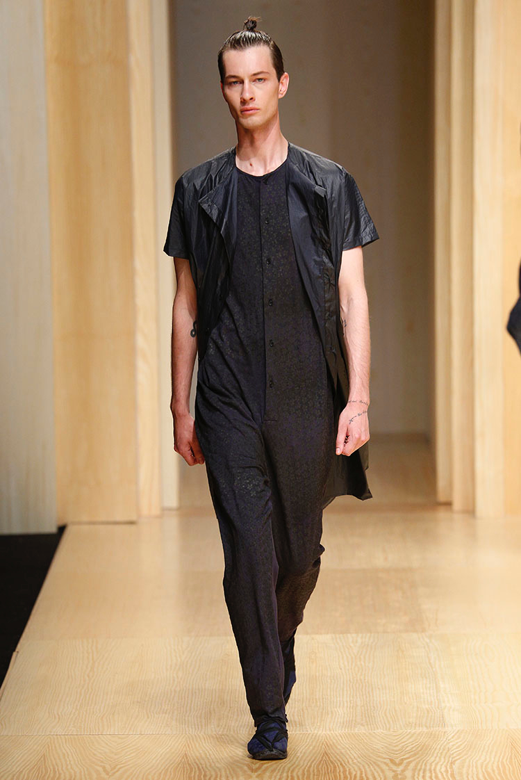 Andres, Jon K, River + More Rock Asian Inspired Man Buns for Josep Abril Spring 2015 Show image