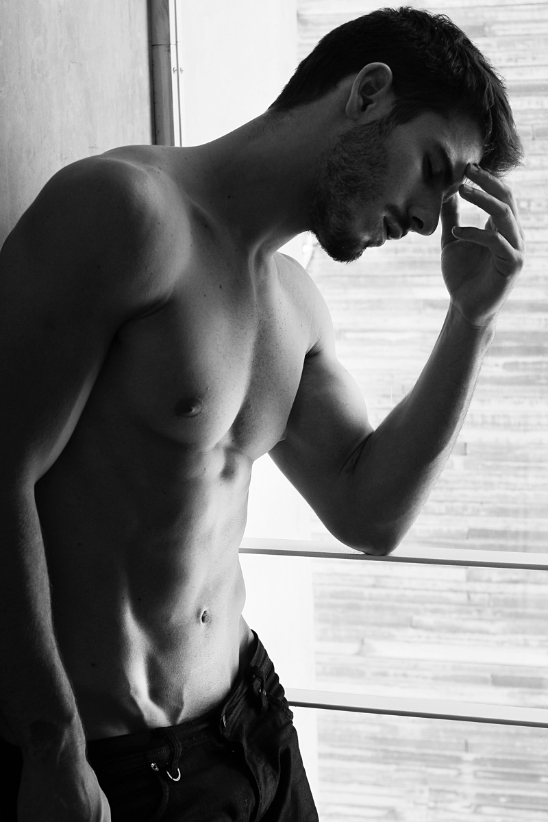 Lucas-Bernardini-Model-003