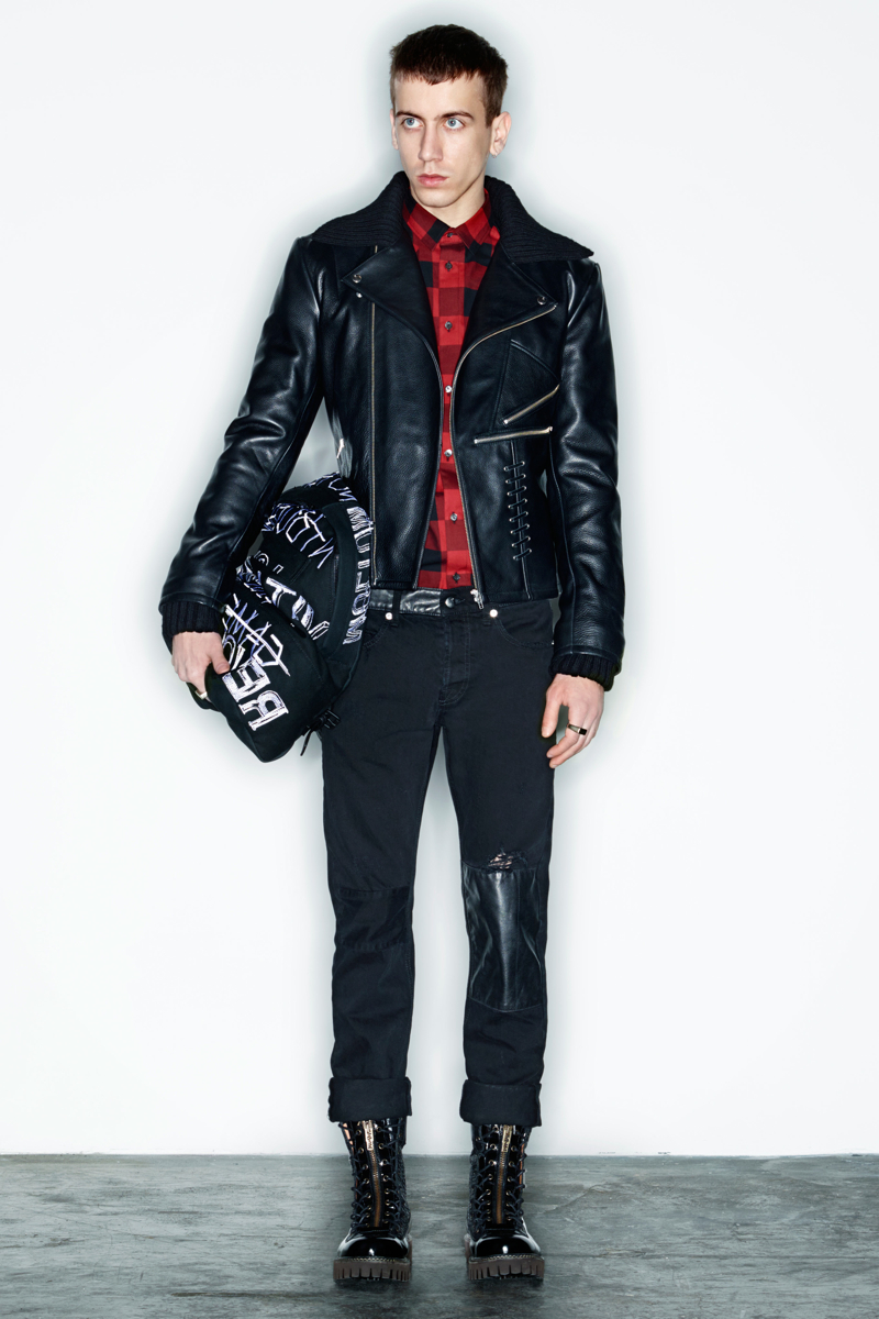 McQ-Alexander-McQueen-Fall-2014-Menswear-004