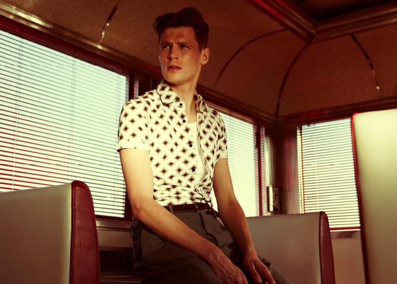 Adrian Wlodarski Keeps Cool with Reiss Summer Fashions