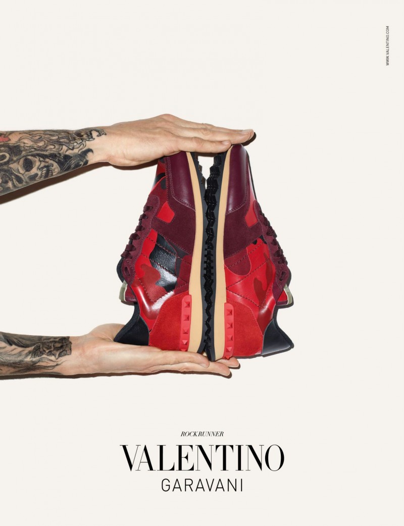 Valentino-Men-Sneakers-Campaign-Terry-Richardson-001