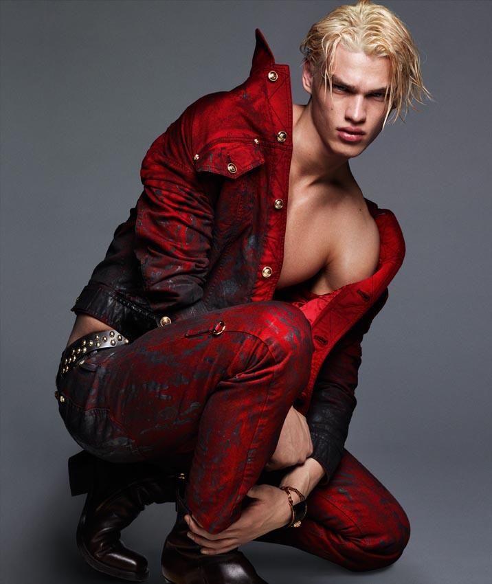 Versace-Fall-Winter-2014-Menswear-Campaign-003