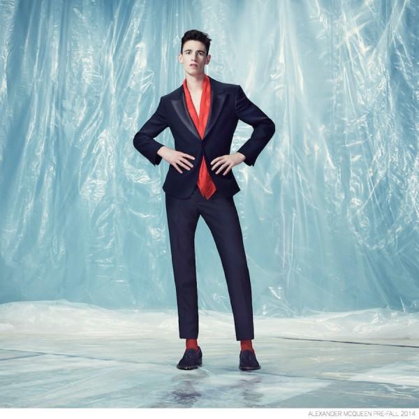 Alexander-McQueen-Pre-fall-2014-Look-Book-Elegant-Suiting-001