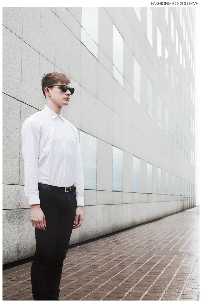 Alexander wears shirt Chevalier Homme, jeans John Richmond and sunglasses Burger & Friends.