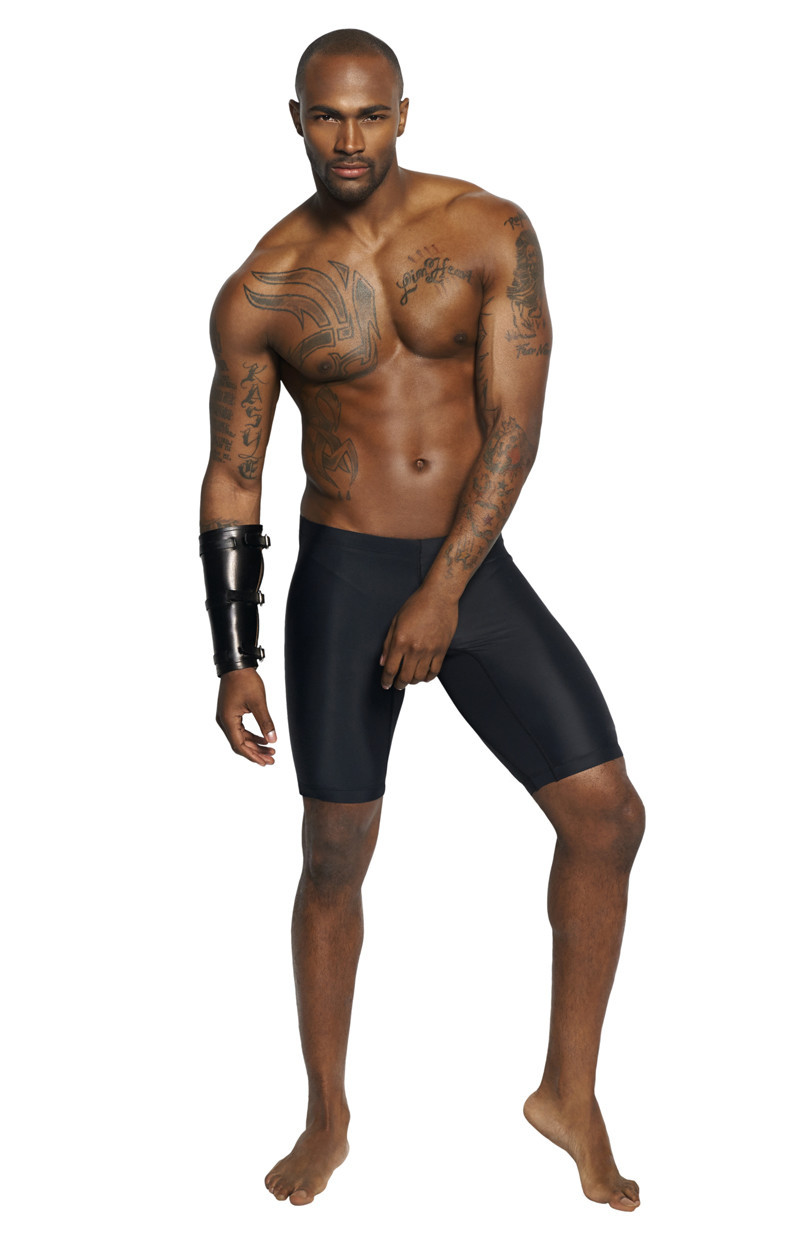Americas-Next-Top-Model-Keith-Carlos