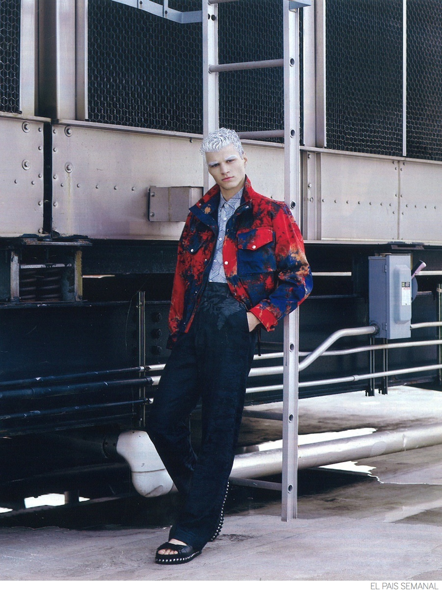 Arran Sly Rocks White Hair for El País Semanal Photos