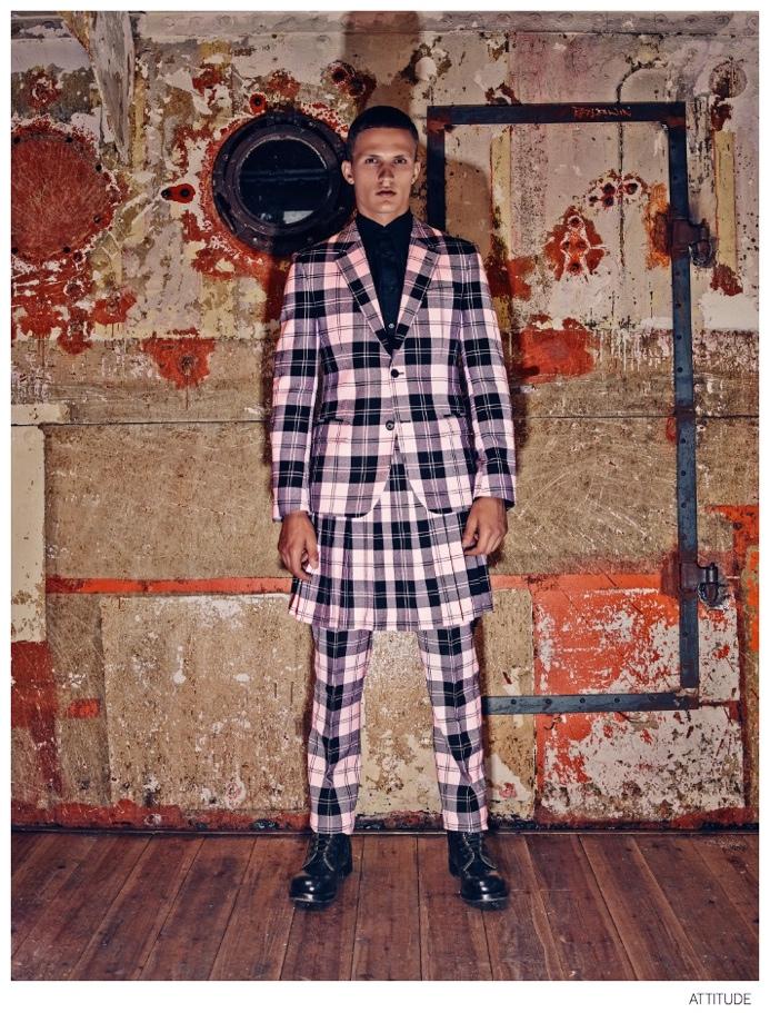 Attitude-Magazine-Fall-2014-Collections-Fashion-Editorial-001-Alexander McQueen