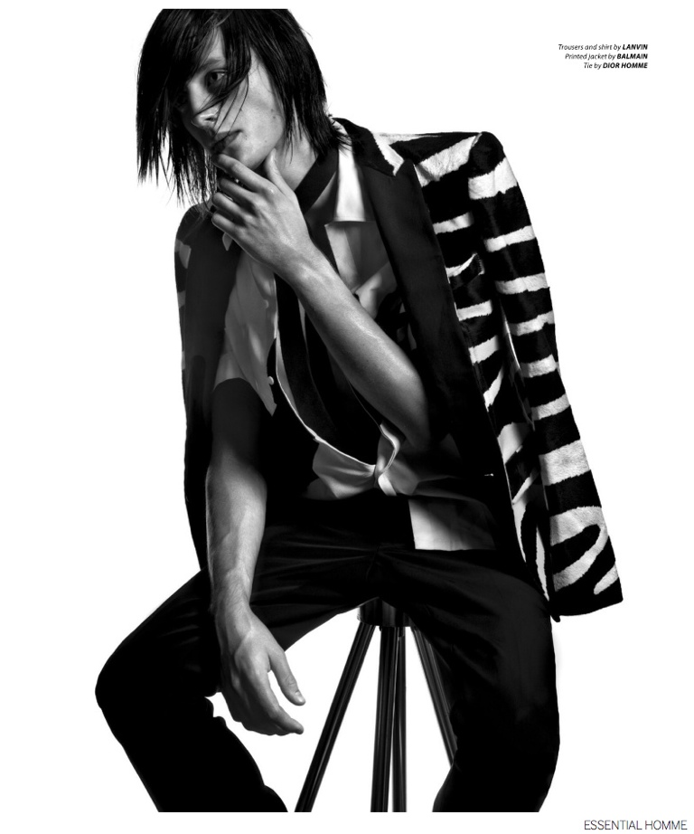 Black-and-White-Fall-Fashions-Essential-Homme-010