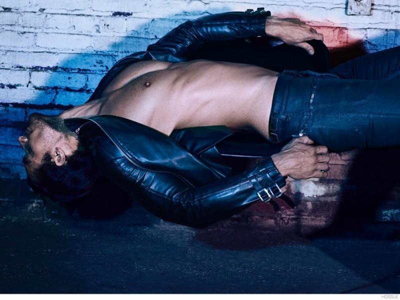 David-Gandy-Shirtless-HGISSUE-2014-003